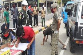 50 warga Kota Binjai terkena razia masker