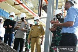 Gubernur Erzaldi harap pabrik minyak kepala sawit bisa dongkrak harga sawit petani