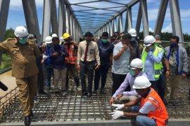 Plt Gubernur tinjau jembatan terpanjang di Aceh