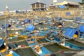 Gelombang 5 meter, BMKG: Nelayan pantai selatan Cianjur jangan melaut