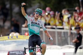 Tour de France: Lennard Kamna rebut etape ke-16