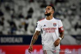 Presiden Lyon bantah rumor transfer Depay ke Barcelona
