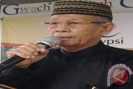 H Harun Keuchik Leumiek; wartawan, budayawan dan hartawan