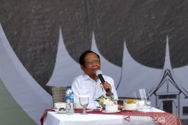Mahfud: Kepala daerah dibiayai cukong berpotensi korupsi kebijakan