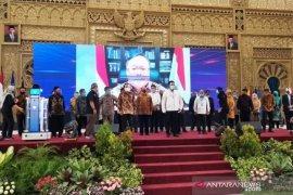 Menristek Bambang Brodjonegoro luncurkan robot KECE generasi kedua buatan Unesa