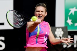 Halep, Pliskova, Azarenka  melangkah ke putaran ketiga Italian Open