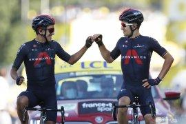 Tour de France: Michal Kwiatkowski menangi etape 18