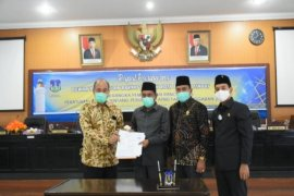 DPRD Tebing Tinggi setuju Ranperda P.APBD 2020 dijadikan Perda