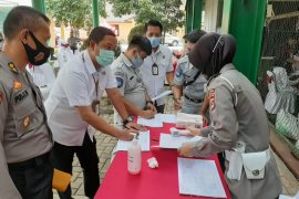 Jasa Raharja Banten ikut serta donor darah HUT Lantas Bhayangkara ke-65