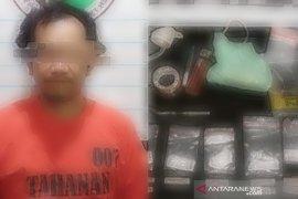 Polres HST temukan Delapan paket sabu di rumah warga Durian Gantang