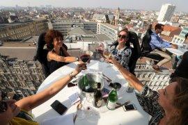 Restoran melayang Dinner in the Sky di Belgia kembali dibuka