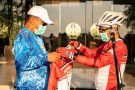 Unesa dukung mantan atlet pecahkan MURI bersepeda Surabaya-Jakarta