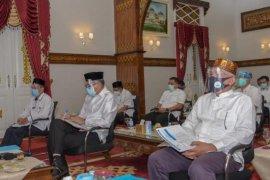 Plt Gubernur berharap kabupaten/kota segera cairkan insentif tenaga medis