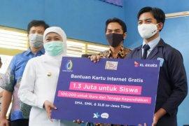 Pemprov Jatim gandeng XL Axiata salurkan 1,3 juta paket data kepada pelajar