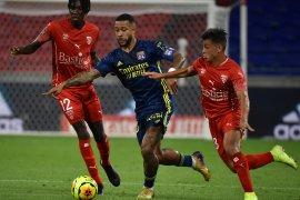 Lyon harus puas berbagi angka dengan Nimes, lanjutan Liga Prancis