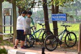 Wujudkan multimoda, Menhub mengajak warga bersepeda ke stasiun dan mal