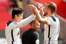Berkat kombinasi jitu Son-Kane,  Tottenham hajar Southampton 5-2