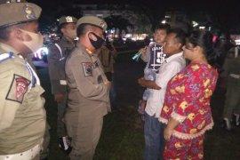 Polres, Pemkot, TNI, di Binjai tegakkan disiplin pemakaian masker