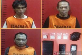 Lima pengedar sabu-sabu digulung Subdit 1 Ditresnarkoba