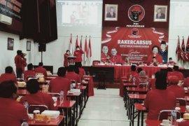 Risma minta perolehan kursi PDIP Surabaya bisa naik pada Pemilu 2024
