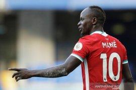 Pemain Liverpool Sadio Mane positif COVID-19