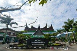 28 warga Padang Panjang jalani isolasi