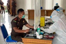 Tes cepat COVID-19, 69 pegawai Kejari Badung nonreaktif