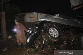 Banjir bandang Sukabumi karena hujan lebat dipicu gelombang Rossby