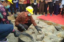 Gubernur Jambi lakukan peletakan batu pertama pembangunan Kota Santri Internasional di Kerinci