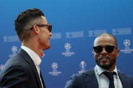 Evra kritik pendekatan transfer Manchester United