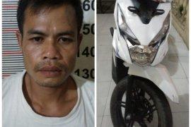Polsek Stabat Langkat tangkap pencuri sepeda motor adiknya