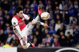 MU incar pemain Ajax Nicolas Tagliafico, anggaran disiapkan sekitar Rp400 miliar