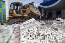 Bea Cukai Musnahkan Jutaan Batang Rokok Ilegal Page 5 Small