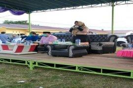 Relawan Lisa-Sapta bagikan sembako