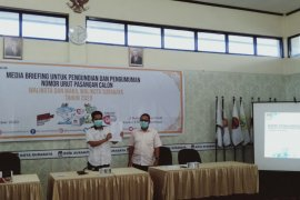 KPU Surabaya tetapkan dua pasangan calon kontestan Pilkada 2020