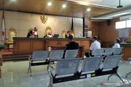 Tiga petinggi Sunda Empire dituntut hukuman empat tahun penjara