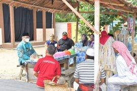 """Pentas seni """"Lasmin Baruya"""", Bupati HSS sosialisasikan Perbup Nomor 44"""