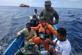 Tiga nelayan hilang kontak di Kabupaten Malra ditemukan selamat