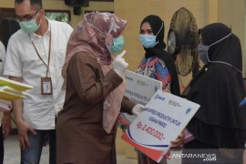 369 Pelaku UMKM terdampak COVID-19 di Pandeglang terima banpres