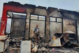 Kemarin, kebakaran Pasar Cempaka Putih sampai pelanggar PSBB
