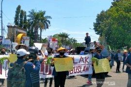 Hari Tani, aktivis dan petani Bengkulu serukan tolak Omnibus Law