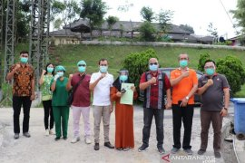 14 hari pascaoperasi melahirkan, pasien positif COVID -19 dinyatakan sembuh