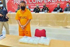Bea Cukai Juanda gagalkan pengiriman sabu-sabu tiga kilogram