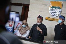 Wali Kota Bandung minta warga waspadai klaster keluarga corona
