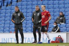 Pelatih MU minta timnya terus mencoba cetak gol sampai akhir laga