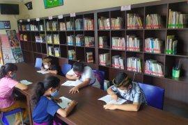 Cegah kenakalan remaja, Desa Sumerta Kelod-Denpasar bentuk perpustakaan