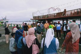 ASITA Kalbar selusur Sungai Kapuas peringati Hari Pariwisata