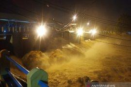 TMA Bendung Katulampa Bogor pada Minggu sore naik jadi 80 cm