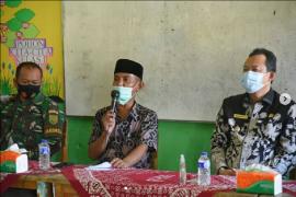 Wabup Muarojambi serahkan BLT dana desa di Jaluko