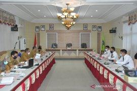 Sekda HSS pimpin rapat evaluasi penunjukan bank pemegang kas daerah